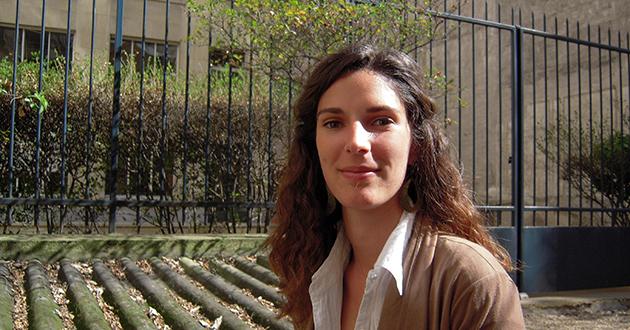 Sarah Lanzi – Conference Interpreter